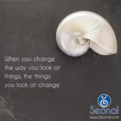 quote-change-way-look-things